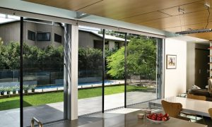 Reasons of Installing Outdoor Privacy Screen in Your Home
